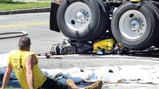 The Luckiest MOTORCYCLE crashes ever Caught on Camera – WorldWide